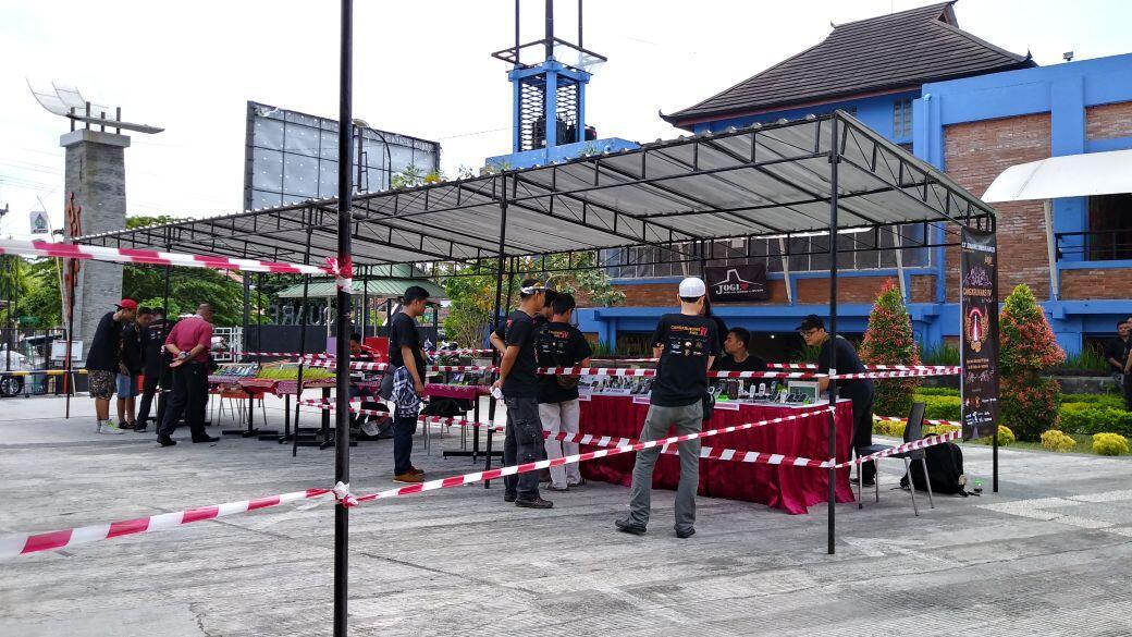 Komunitas Pecinta Hape Jadul Rumah JOKER Jadoel Oenik