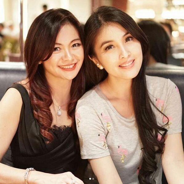 Viral Terlihat Bak ABG, wanita Indonesia ini tak disangka usianya sudah setengah abad