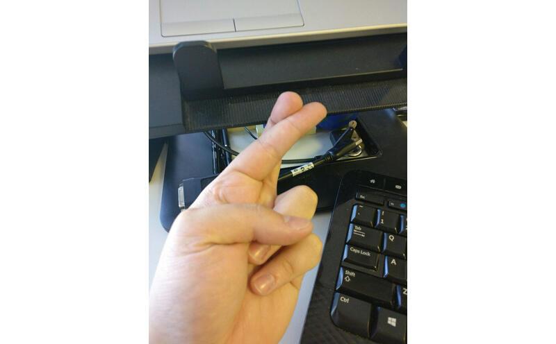 Gestur Tangan Ini Tidak Dipahami Orang Jepang