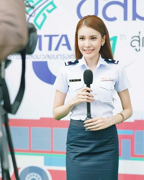 Cantik Mana, Polwan Thailand Apa Indonesia?