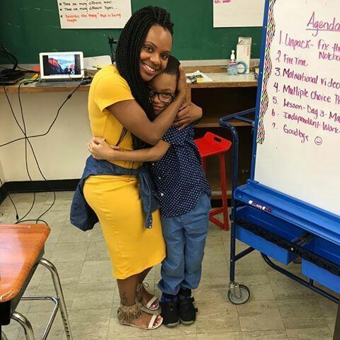 Guru-Guru Ini Bikin Agan Rajin Sekolah