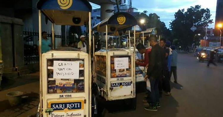 Jingle jajanan keliling paling ikonik di Indonesia yang bikin terngiang di Kepala