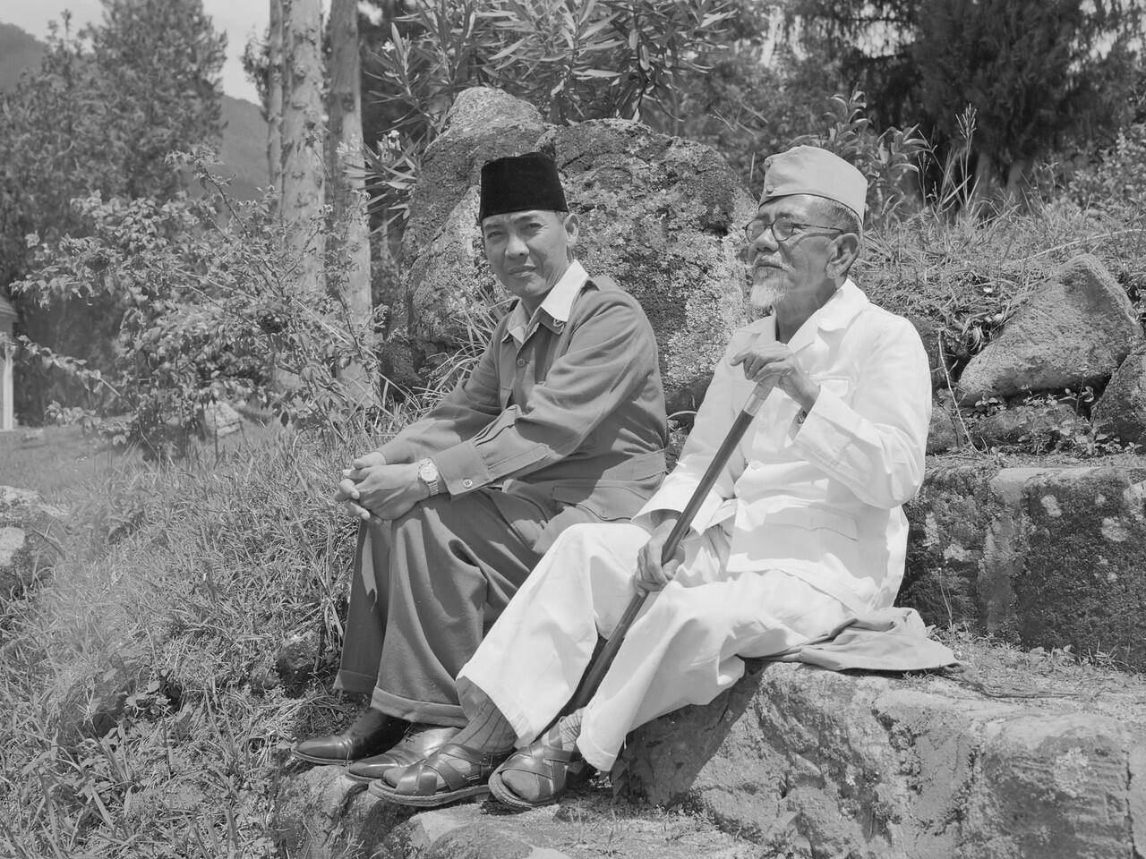 Mengenal Tokoh Pejuang Indonesia KH Agus Salim Si Kecil Yang