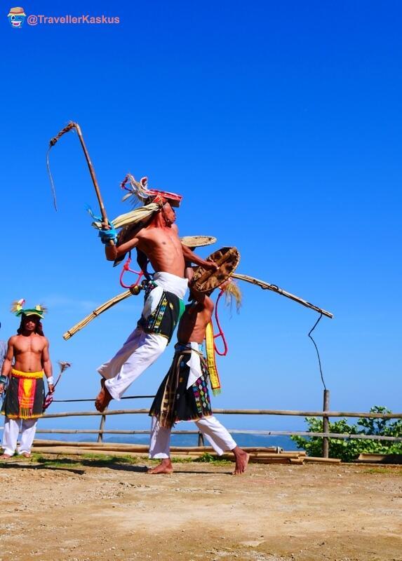 Tradisi Tari Caci