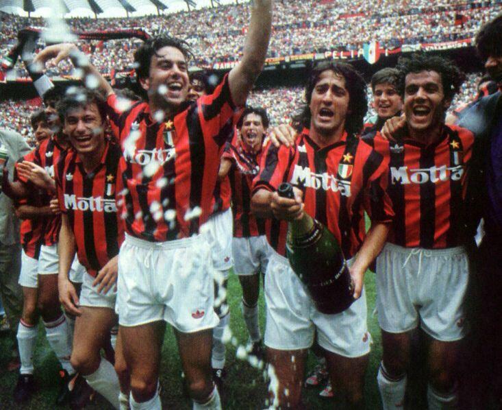 Marco Simoncelli dan Rekor Unbeaten AC Milan