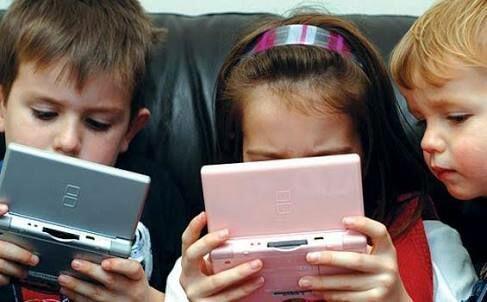 Cara Ampuh Agar Anak Tak Kecanduan Gadget.
