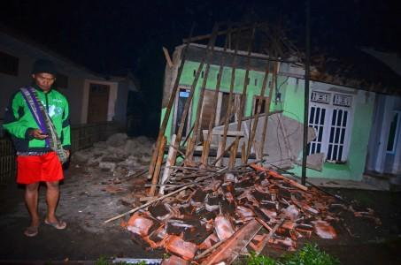 Gempa 6,9 SR, Warga Cipatujah Mengungsi ke Dataran Tinggi