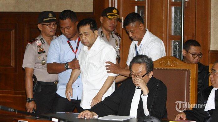 Tiga Nama Penting yang Mendadak Hilang dalam Dakwaan Setya Novanto, Kenapa?