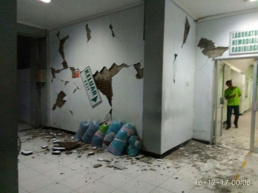 2 Orang Meninggal dan Ratusan Rumah Rusak Akibat Gempa Jabar dan Jateng