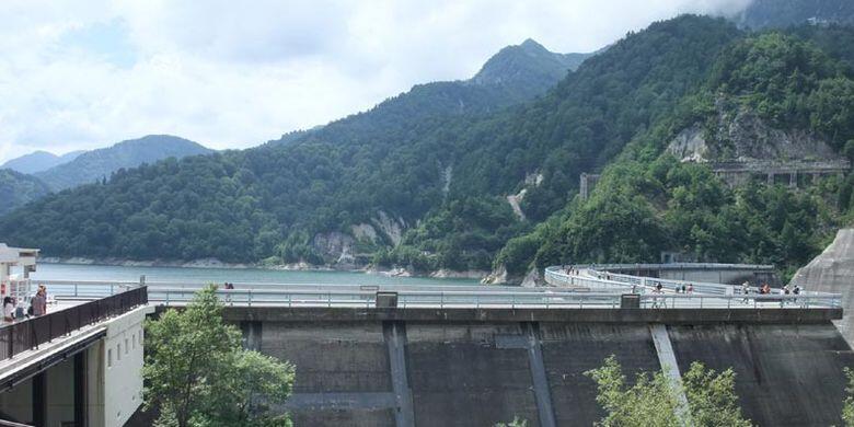 Indahnya Bendungan Terbesar di Jepang