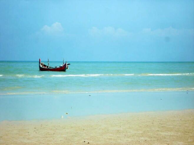 Perjalanan Menjelajahi Pulau Madura di Timur Laut Pulau Jawa