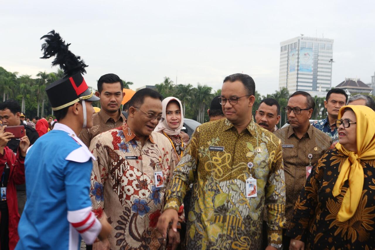 Peringatan HKSN DKI Jakarta, Gubernur Luncurkan Kartu Lansia Jakarta