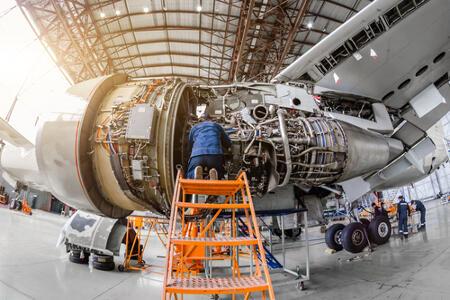 Proyeksi Bisnis Perawatan Pesawat Capai US$2,2 Milyar