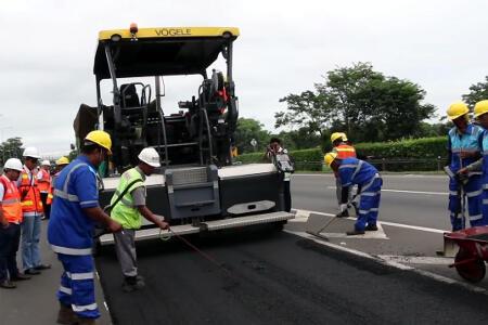 Kementerian PUPR Ujicoba Aspal Limbah Plastik di Tol Tangerang-Merak