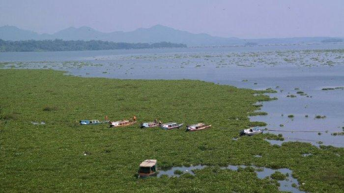 7 Orang Hilang Dalam Kecelakaan Kapal Tenggelam di Waduk Cirata