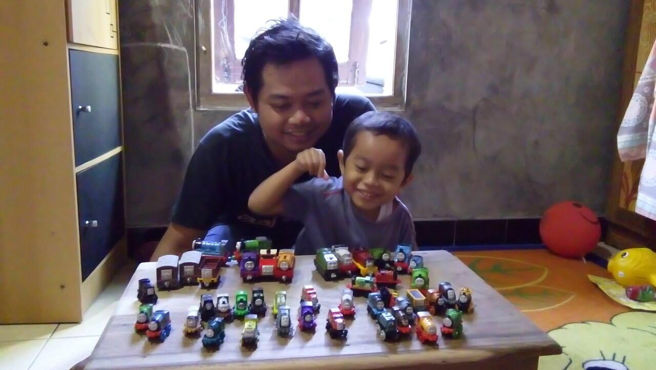 bermain bersama anak bisa disebut hobi ?