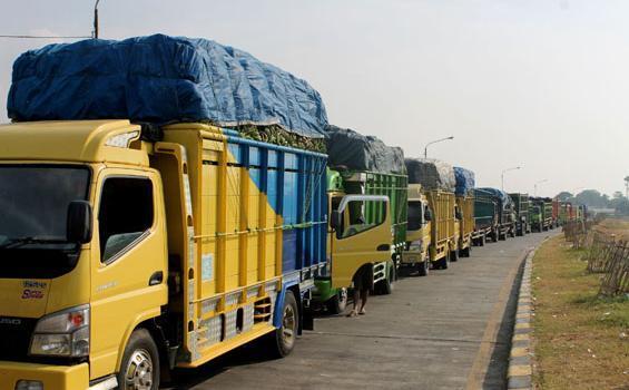 Tanggal 22-23, dan 29-30 Desember, Angkutan Barang Dilarang Lewat Jalan Tol Utama