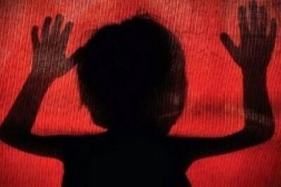 Video Bokep Kembali Terjadi Kini Dengan Dua Anak Kecil Dan Satu Wanita Dewasa.