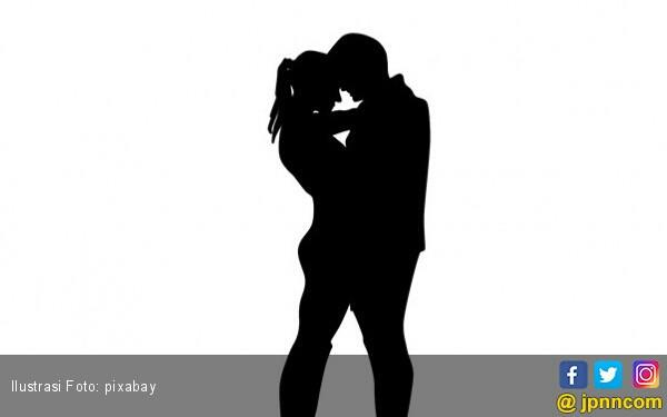 suami lemas lihat istri diraba raba pria lain kaskus