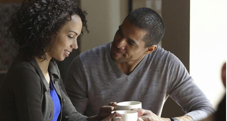 Memanipulasi Wanita Untuk Menyukai Kita?