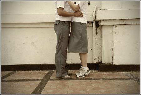 Dalam Hidup, Kita Hanya Jatuh Cinta Sama 3 Orang Berikut Ini