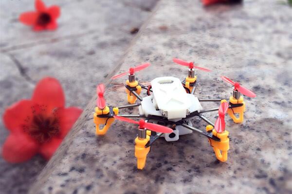 5 Drone Terkecil dengan desain yang unik di Dunia!