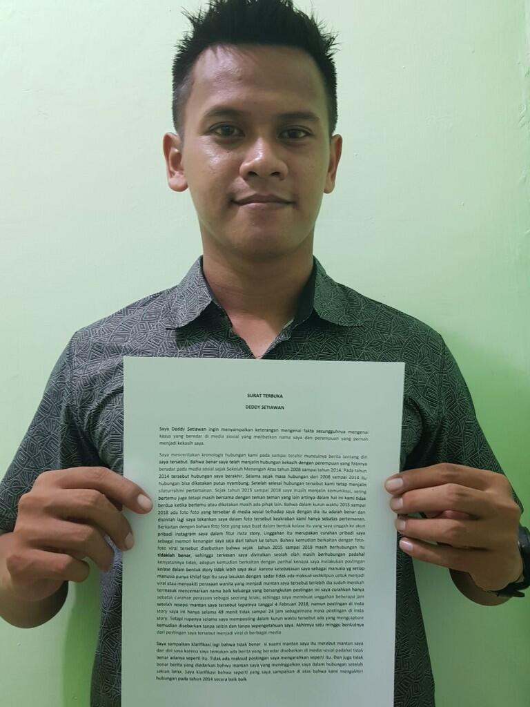 10 Tahun Pacaran Lalu Ditinggal Nikah, Pria Ini Tetap Berdiri Tegar di Sampingnya