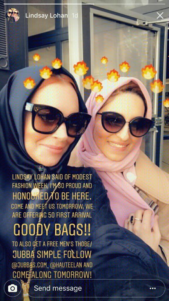 Berkat Stylist Asal Indonesia, Lindsay Lohan Terlihat Cantik Menggunakan Hijab