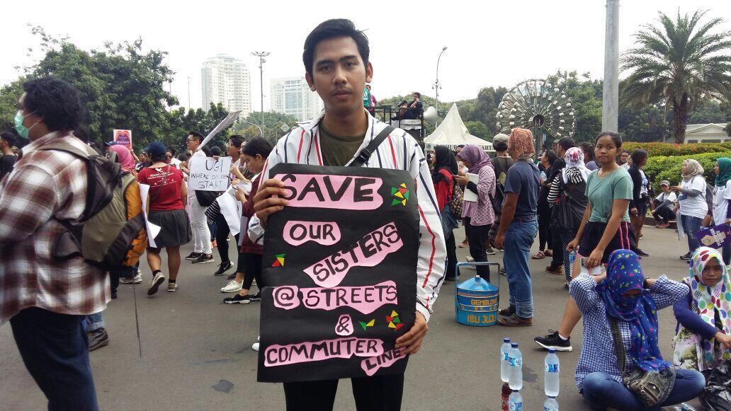 Salah satu mahasiswa yang berpartisipasi dalam Women's March Jakarta 2018 - sumber: Kaskus