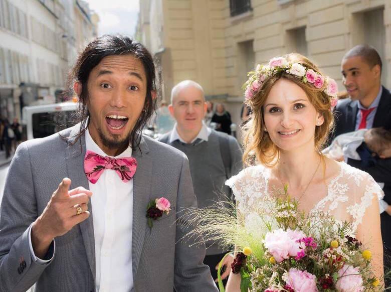 7 Kisah Cinta Viral dari Orang yang Beruntung Bisa Nikah dengan Bule