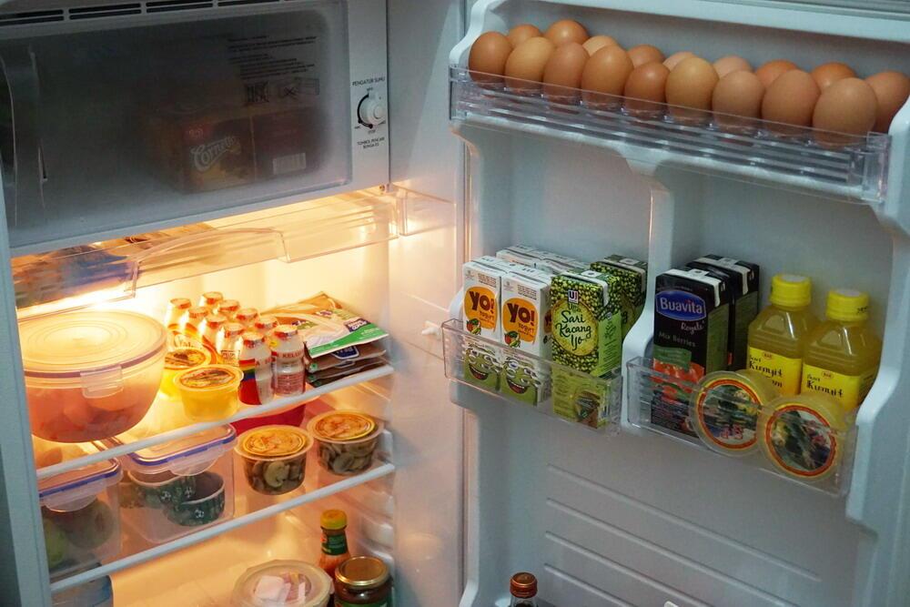 Image result for makanan di kulkas