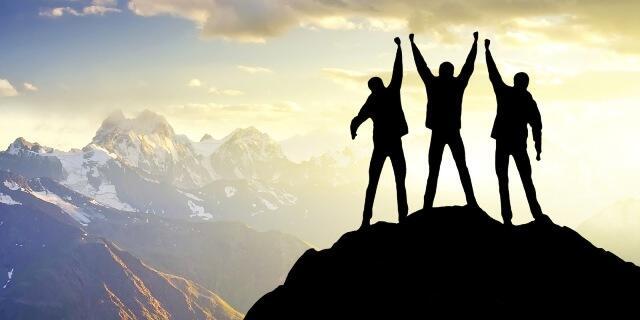 Sukses yang Sejati Itu Dibangun Setiap Hari, Setiap Bulan, Setiap Tahun!