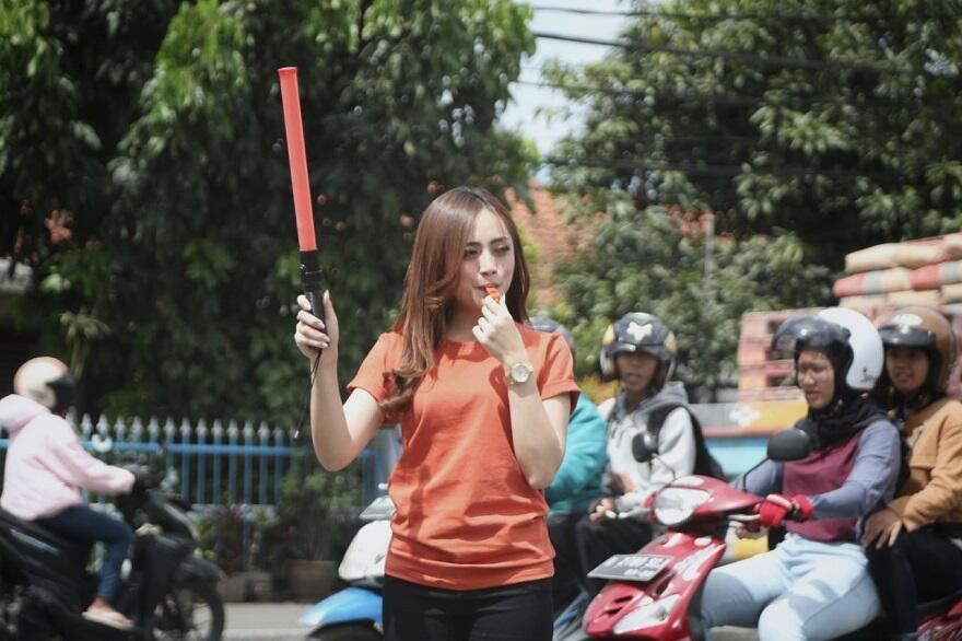 """Wajib Masuk! Beningnya """"Ceu Ogah"""" Di Tengah Kemacetan Kota Bandung"""