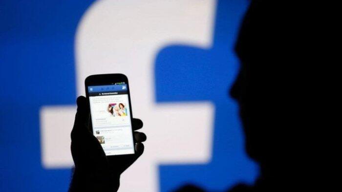 Tenggelam di Tsunami di Sosial Media dan Kemarahan Sang Menteri