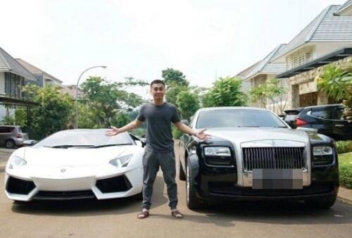 5 Mobil Mewah Raffi Ahmad Seharga Belasan Miliar Rupiah