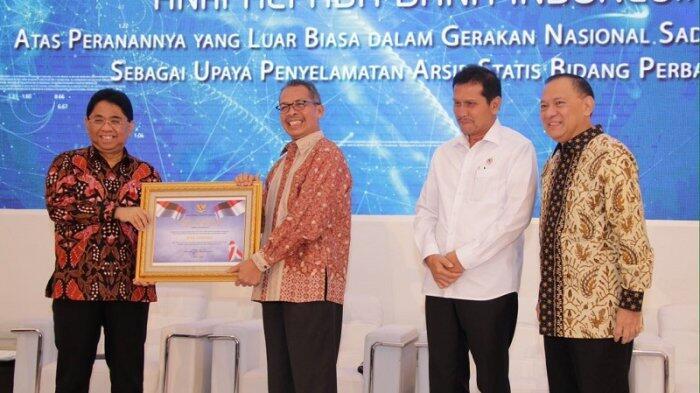 BI Raih Penghargaan di Bidang Kearsipan