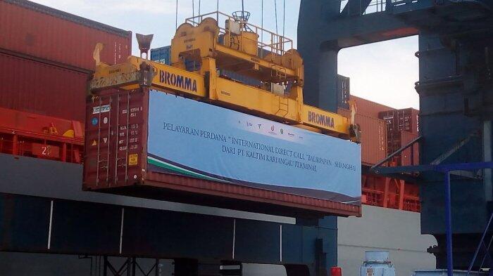 Tekan Biaya Logistik, Menteri BUMN Dukung Program Direct Call Pelindo IV