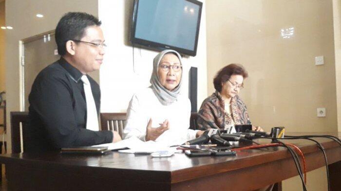 5 Pembelaan Ratna Sarumpaet Disertai Dasar Hukum Terkait Mobilnya Diderek Dishub DKI