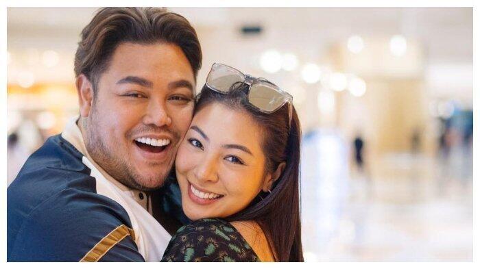 Doa Ivan Gunawan Tatkala Jalin Cinta dengan Cewek Thailand
