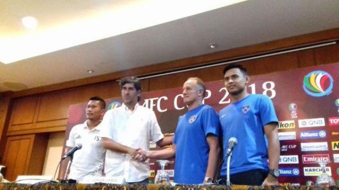 Akan Bertamu ke SUGBK, Pelatih dan Pemain Johor Darul Takzim Sanjung The Jakmania