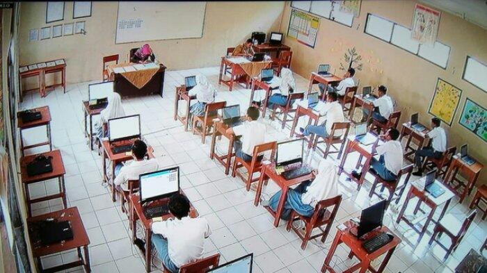 Kurang Sarana, Pelaksanaan UNBK 13 SMA di Kedu Terpaksa Menumpang Sekolah Lain