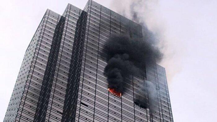Trump Tower di New York Terbakar, Satu Tewas