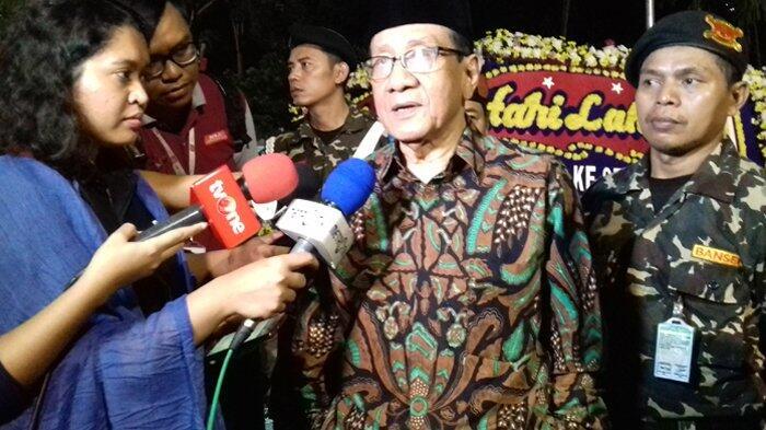Akbar Tanjung: Luhut Bertemu Prabowo Wajar-wajar Saja