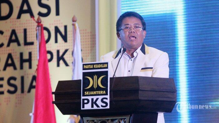 Penuhi Panggilan Polisi, Presiden PKS Bawa Barang Bukti Video