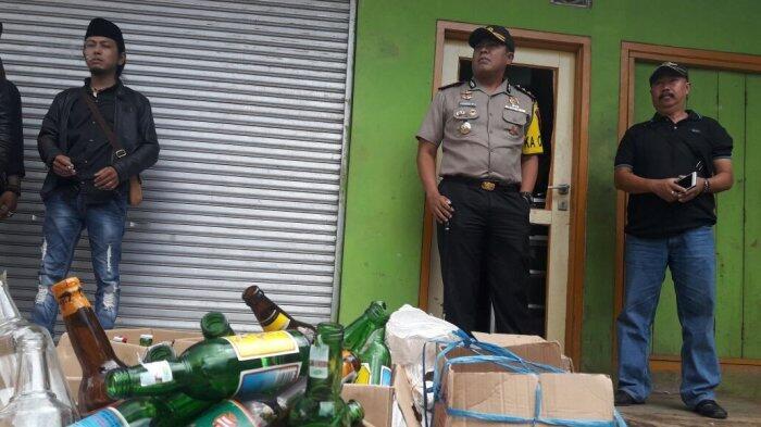 Selain di Cicalengka, Tiga Warga Bandung Juga Tewas Akibat Miras Oplosan
