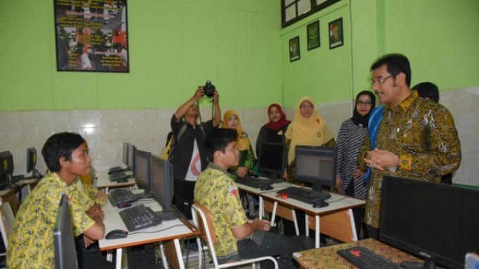 Siswa SMP Kota Surabaya Dinilai Sudah Siap Hadapi UNBK