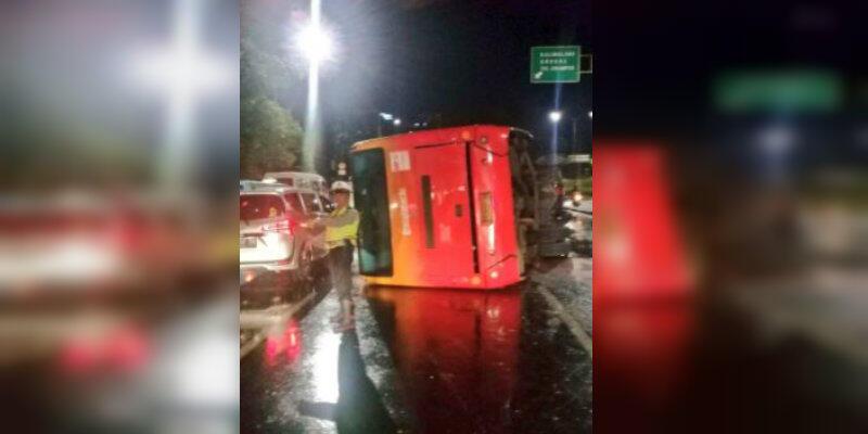 Bus Transjakarta Terbalik di Cawang, Ini Daftar Korbannya