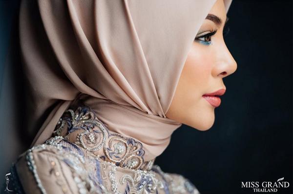 Supaporn Malisorn, Model Cantik Asal Thailand yang Jadi Kekasih Ivan Gunawan
