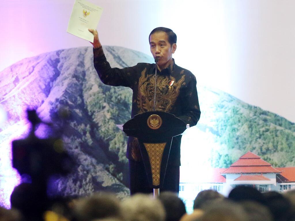 Golkar Targetkan Jokowi Raup 65% Suara