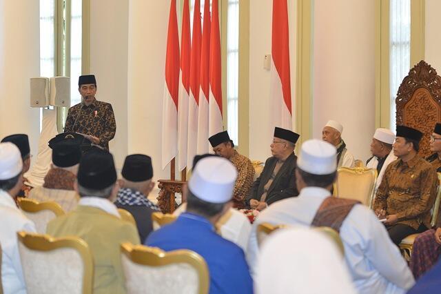 Jokowi Isra Mikraj di Istana Bogor